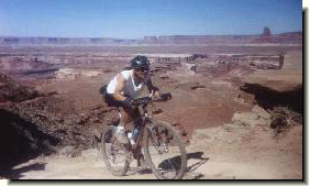 Trails, rides, photos & trail maps for Mountain Biking ( MTB ), Touring,  & Cycling